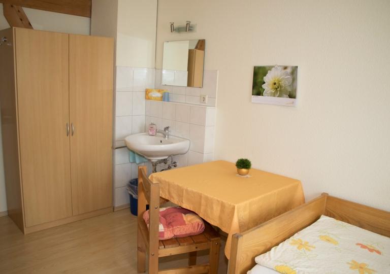 Einfaches-Einzelzimmer