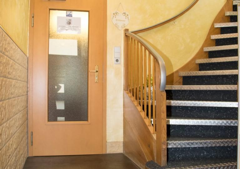 Gästehaus-Eingangsbereich